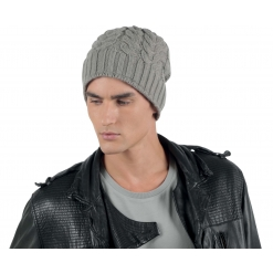 KP527 Palmikkoes kootud müts